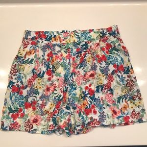 H&M floral design shorts